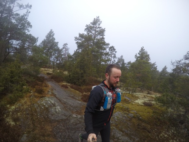 Fin löpning på klipporna
